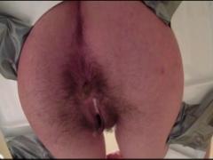 Scheisse aus haarigem Arsch
